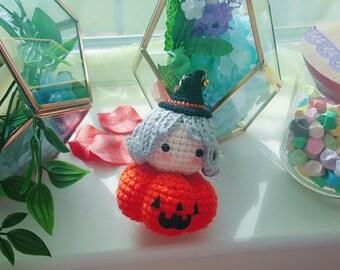 Cute Handmade Witch On A Pumpkin Keyring