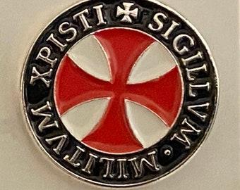 Knights Templar Cross pattée lapel pin