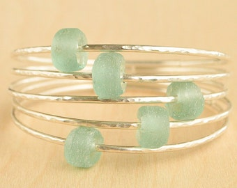 Aqua Sea Glass Bead Bangle Bracelet, Sea Glass Bangle, Beach Glass Bangle, 12 Gauge Bangle Bracelet