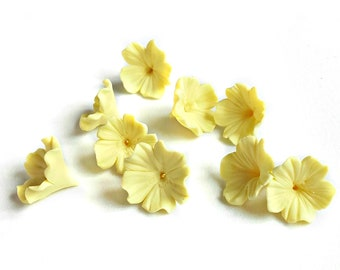 10 Vanilla clay flower beads, Polymer clay flowers for jewelry, Jewelry supplies, Handmade flower beads, Flower decoration, Floral beads