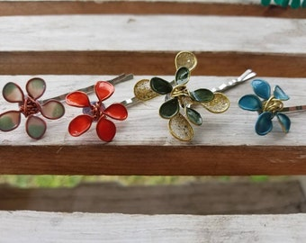 Wire flower hair pins made especially for adults.