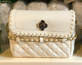 Lany white quilted handbag