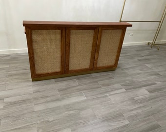 Rattan wood stained cashwrap