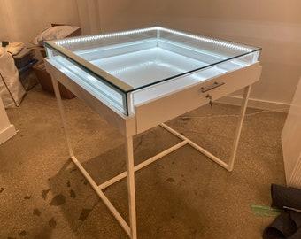 Led light up jewelry sunglass display case