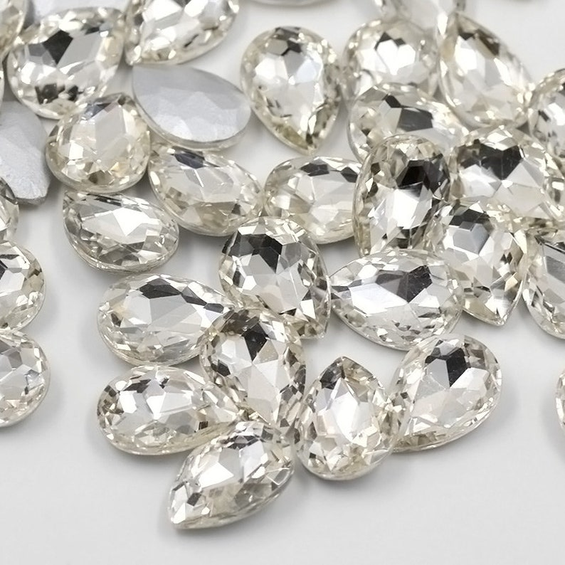 0c8463c69b 50pcs 13*18mm Pointback Glass Clear AB Rhinestones Drop Shape Fancy  Crystals Stones Non Sewing Beads For DIY Jewelry Crafts