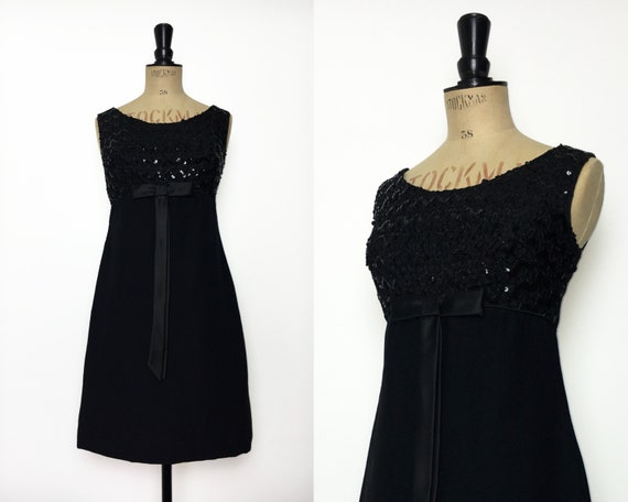 Vintage / 1960s 60s / Babydoll Dress / 60s Mini Dr