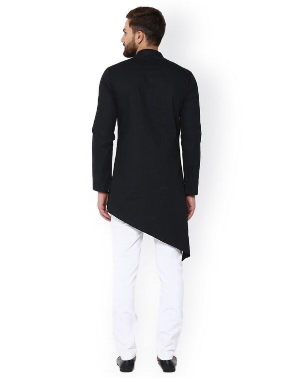 Indischen ethnischen solide Farbe Baumwolle uni schwarz stilvolle neuesten Angrakha Mode Kurta Pyjama für MännerJungs