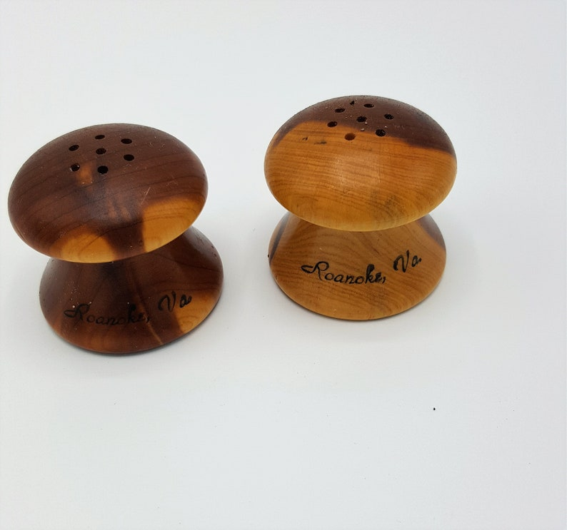 b66e60126e09 Vintage small wood salt pepper shakers Roanoak VA souvenier | Etsy