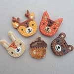 4 x Woodland Friends Buttons Set, Plus An Acorn Button! - Cute Buttons for Craft, Sewing, Knitwear and Jewelry / Jewellery Making