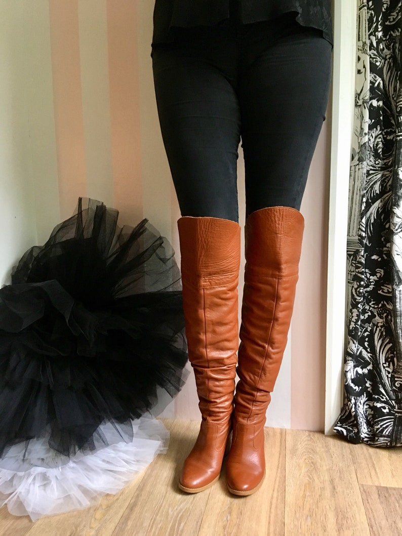 8b04ce8f461 Vintage Leather Brown Thigh boots Size 5 image 0 ...