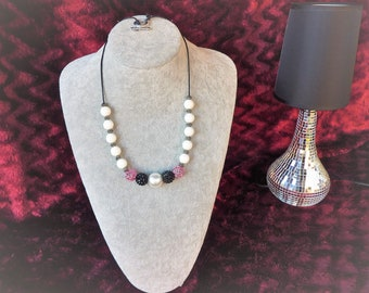 pink and white ceramic round Beads necklace