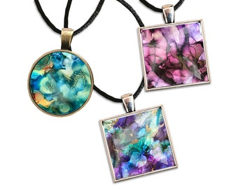 Pendant | Keychain - Fluid Art - Wearable Art - Inspirational Gift - Functional Art - Intuitively Selected (multipacks are great for gifts)
