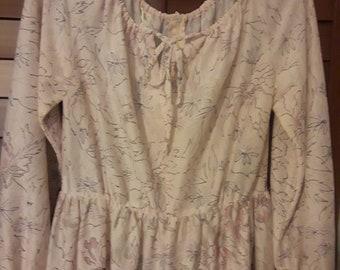 Sweet light vintage dress