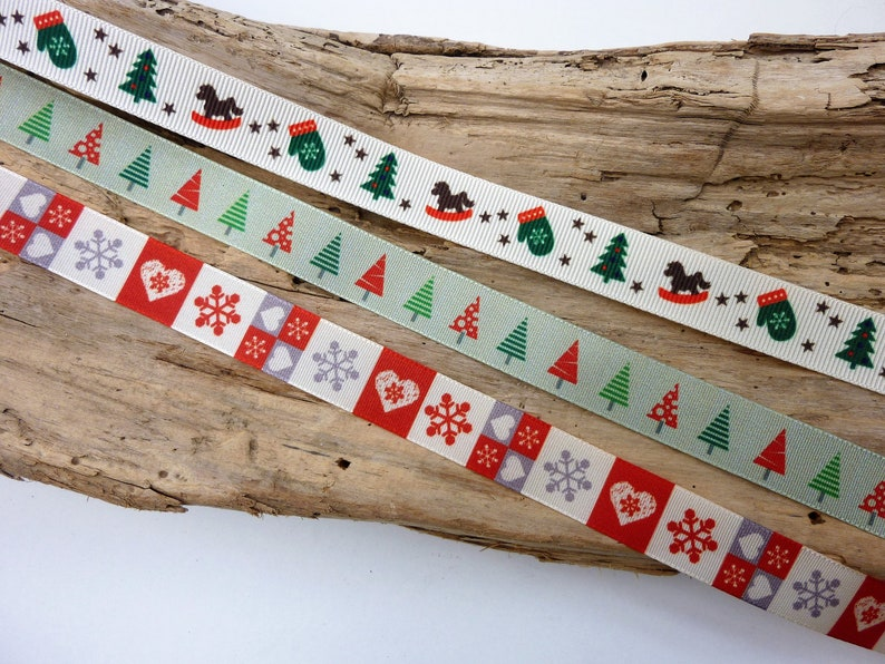 Christmas Ivory Stag /& Tree Wired Rbbon 60mm Wide SOLD PER METRE