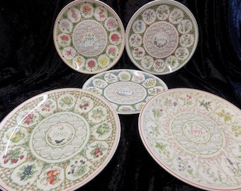 Vintage Wedgwood Calendar plate set of 5 featuring country gardens 1991-1995