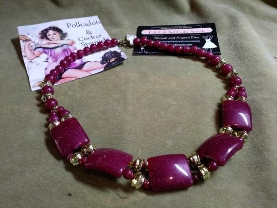 1970s Vintage Resin Raspberry Pink Choker Necklace