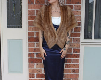 1940s/ 1950s Real Fur Stole With Silk Lining.