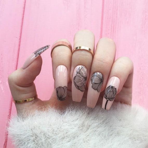 Flowers nails nude nails Fake nails Nail design nail art | Etsy