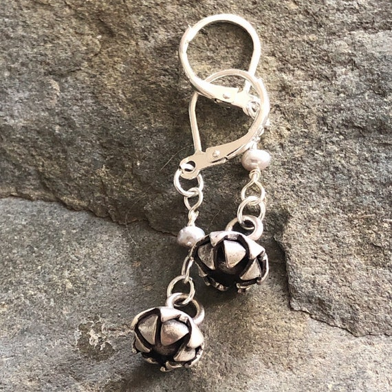 Hill Tribe Silver Flower and Pearl Drop/Dangle Earrings with Sterling Ear Wires