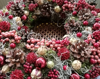 Wreaths made up in various colors and different materials.