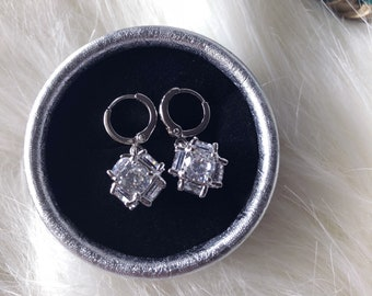 Silver plated drop earrings with crystal zircon
