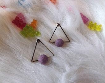 Triangle geometric style earrings (pink or green)
