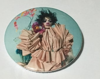 Björk 45mm pin badge