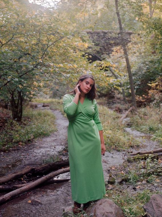 1970s Kelly Green Wrap Maxi   Empire Waist   Gown