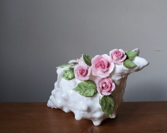 Moderne weiße Keramik Sea Shell Conch Blumenvase Wandbehang dekorative Vase