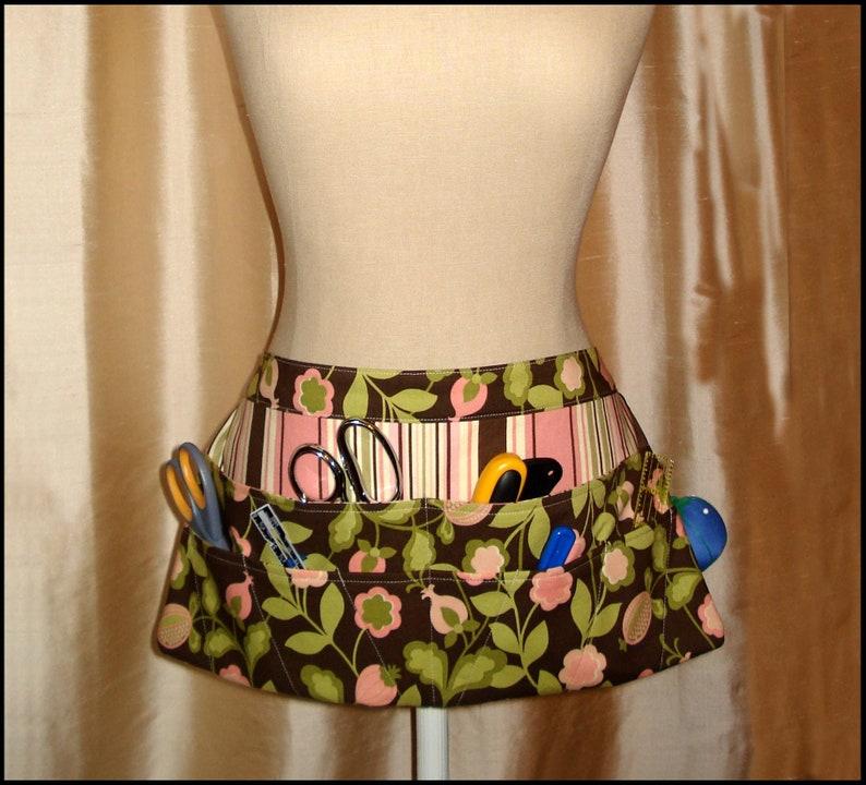 Seamstress Apron PDF Sewing Pattern image 0