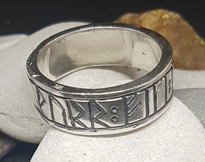 Silver Viking Runic Ring - Thor gives you good luck