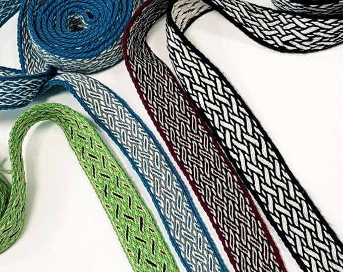 Tablet WOVEN BELT Birka pattern from 100% wool 2,6 cm width