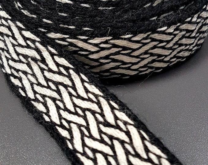 Tablet WOVEN BELT Birka pattern from 100% wool 2,6 cm width