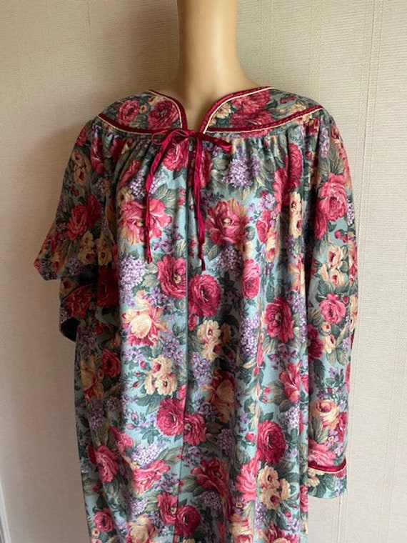 VTG Intimate Options Woman House Dress 3X