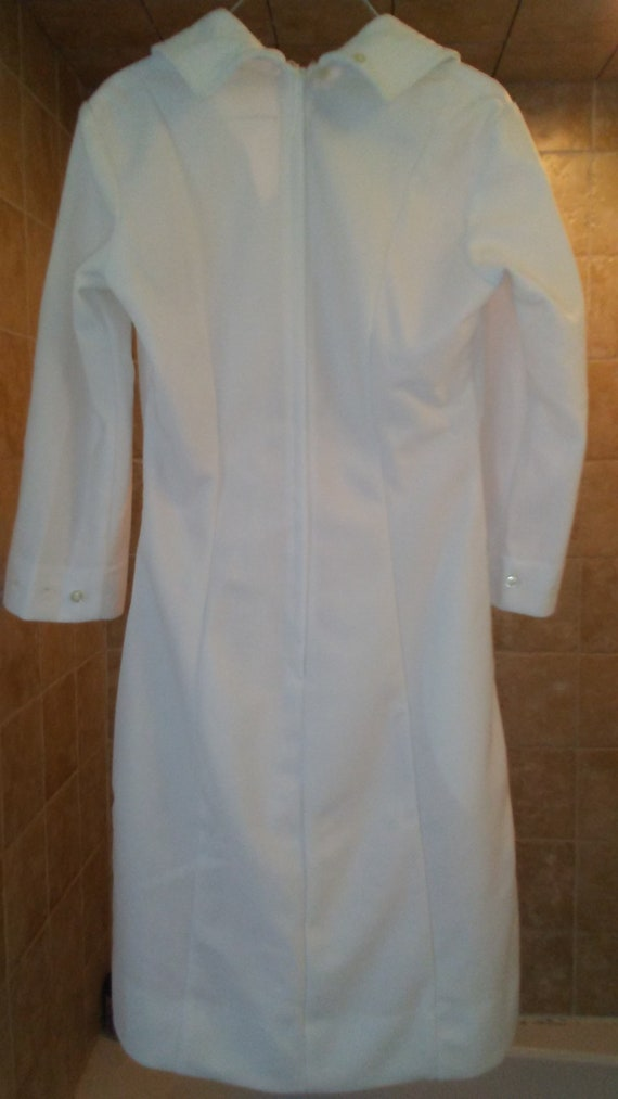 Brand new with tags Vintage Nurse Dress, Pinning d