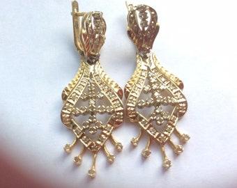 583 gold diamond earrings