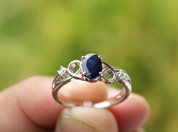 925 Solid Silver Beautiful Ring Precious stone Ring 5x7 MM Cut oval Diffusion Blue Sapphire Handmade Ring