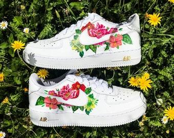 c9f47d9e4808ca Custom sneakers Nike Air Force 1   Flowers