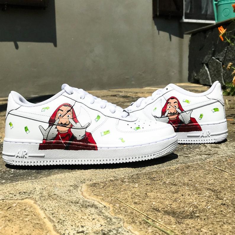 Custom sneakers Nike Air Force 1 'La casa de papel'