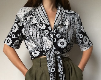 525a487aa 1990's Tie Blouse, Vintage Blouse, Crop Top, Big Shoulders, Oriental Print