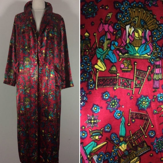 Vintage bathrobe, 1950s Robe, NOVELTY PRINT, Silk