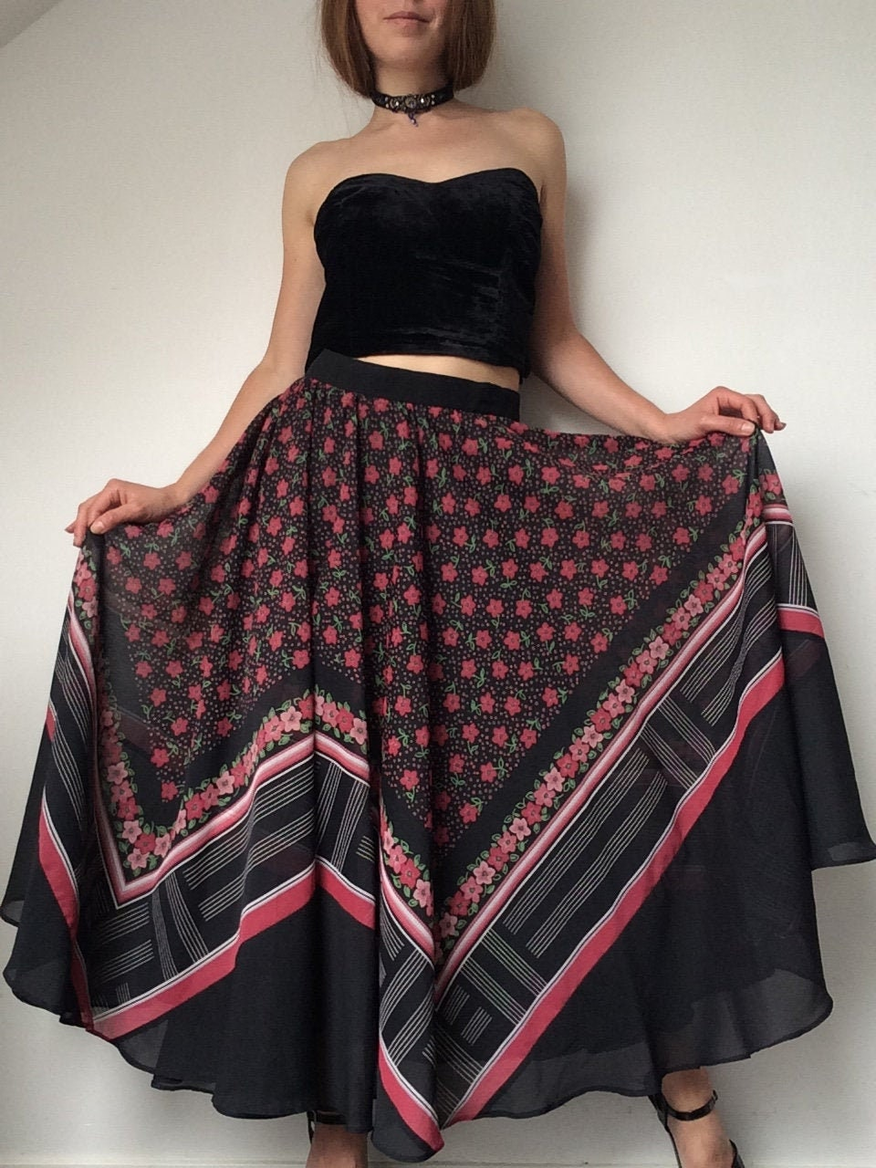 Vintage Scarf Styles -1920s to 1960s Chiffon Skirt, Hippie Flare Gipsy Bohemian, Romantic Vintage 1970s Floral Skirt $48.77 AT vintagedancer.com