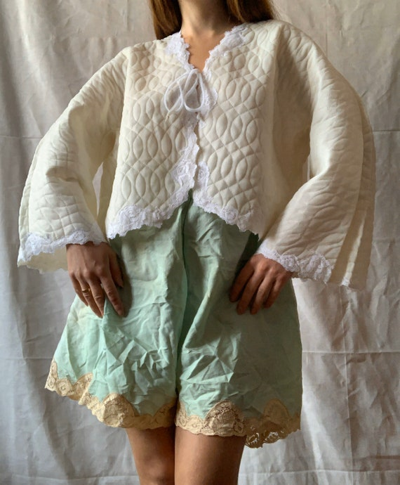 Vintage Bed Jacket, 1950s Quilted Jacket