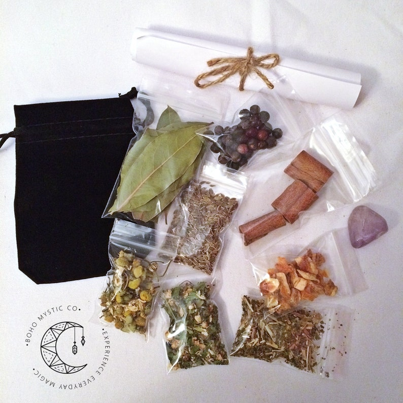 House Blessing Protection DIY Mojo Bag Witchcraft Hoodoo Wicca Spell  Protection Herbs Crystal Mojo Blessing Bag Pagan Supplies Altar Tools
