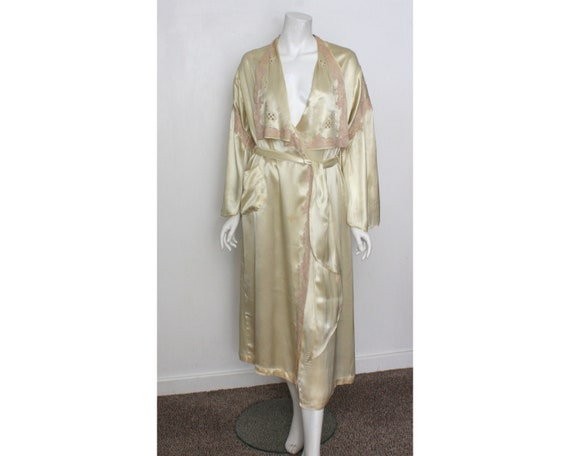 Vintage 1930s Negligee Dressing gown Ivory satin g