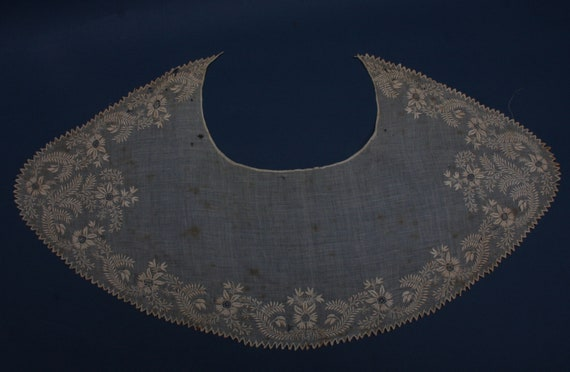 Antique Ayrshire embroidery lace collar Hand embro