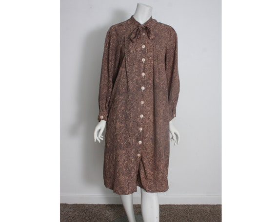 Vintage Housecoat 1950s 1960s Brown Paisley Housec