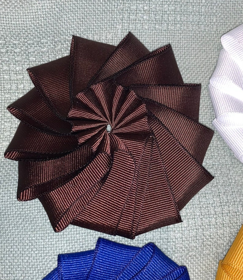 And your button! hat decoration Cockade Choose your color