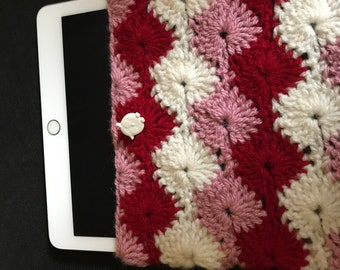 iPad / tablet crochet cover