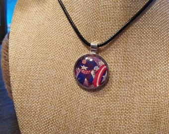 Captain america with shield necklace and pendant
